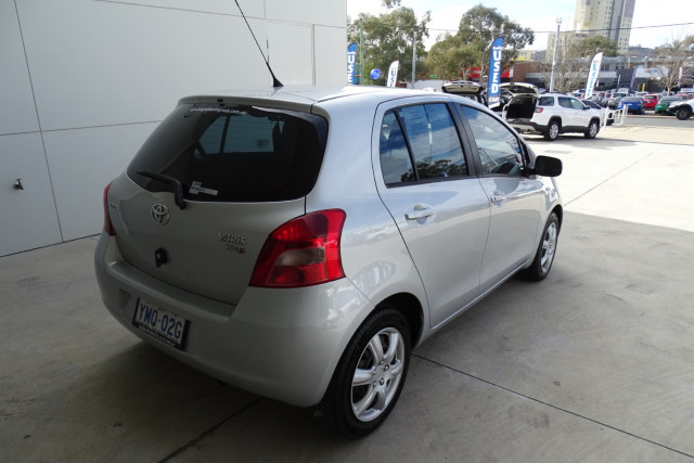 2006 Toyota Yaris YRS