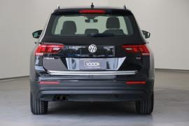 2016 MY17 Volkswagen Tiguan 5N MY17 110TSI Suv Image 4