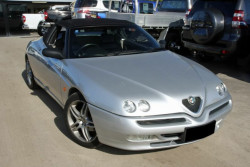 Alfa Romeo Spider Twin Spark Luxury