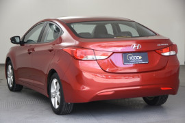 2012 Hyundai Elantra MD Elite Sedan Image 3