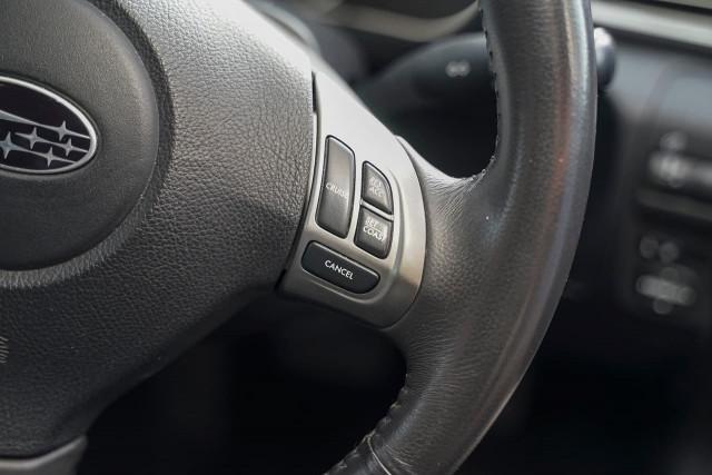 2011 Subaru Impreza G3 MY11 R Hatchback Image 6