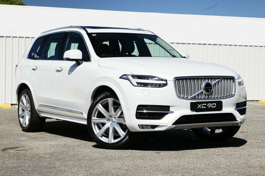 three volvo trend front rating quarter and suv cars reviews motor