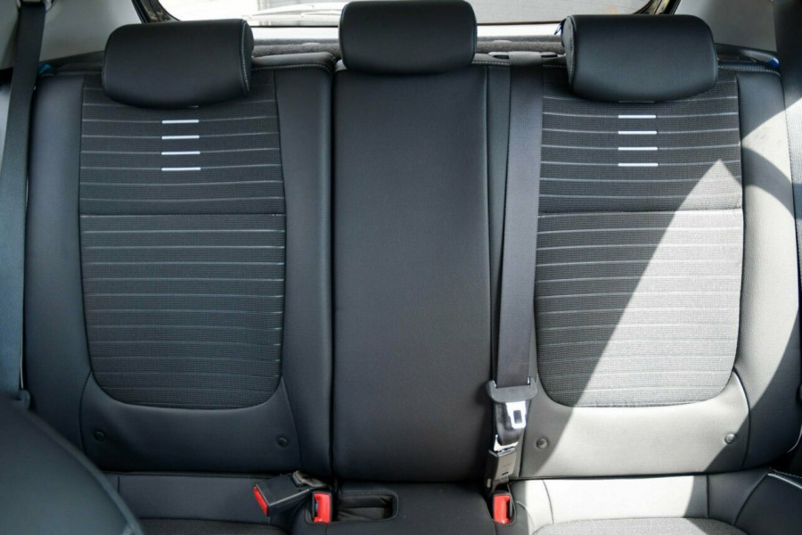 2021 Kia Rio YB GT-Line Hatchback Image 11