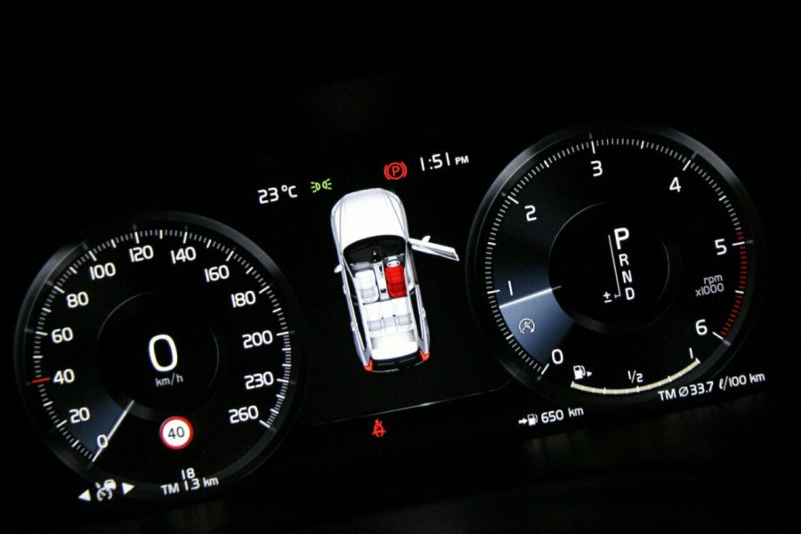 2019 MY20 Volvo XC60 UZ D4 Momentum Suv Mobile Image 11
