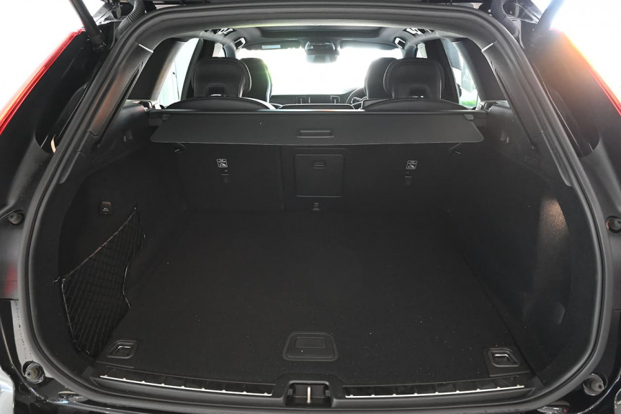 2019 MY20 Volvo XC60 UZ T6 R-Design Suv Image 11
