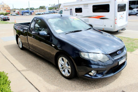 2010 Ford Falcon FG XR6 Utility - extended cab Mobile Image 4