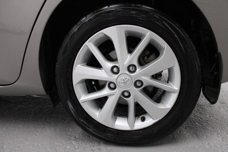 2013 Toyota Corolla ZRE182R Ascent Hatchback Image 10