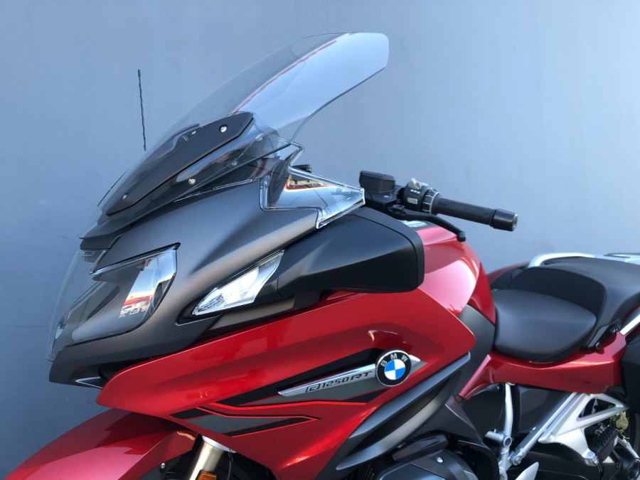 2020 BMW R1250RT SPORT Motorcycle Image 10