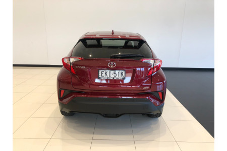 2017 Toyota C-hr NGX50R Turbo Awd Image 5