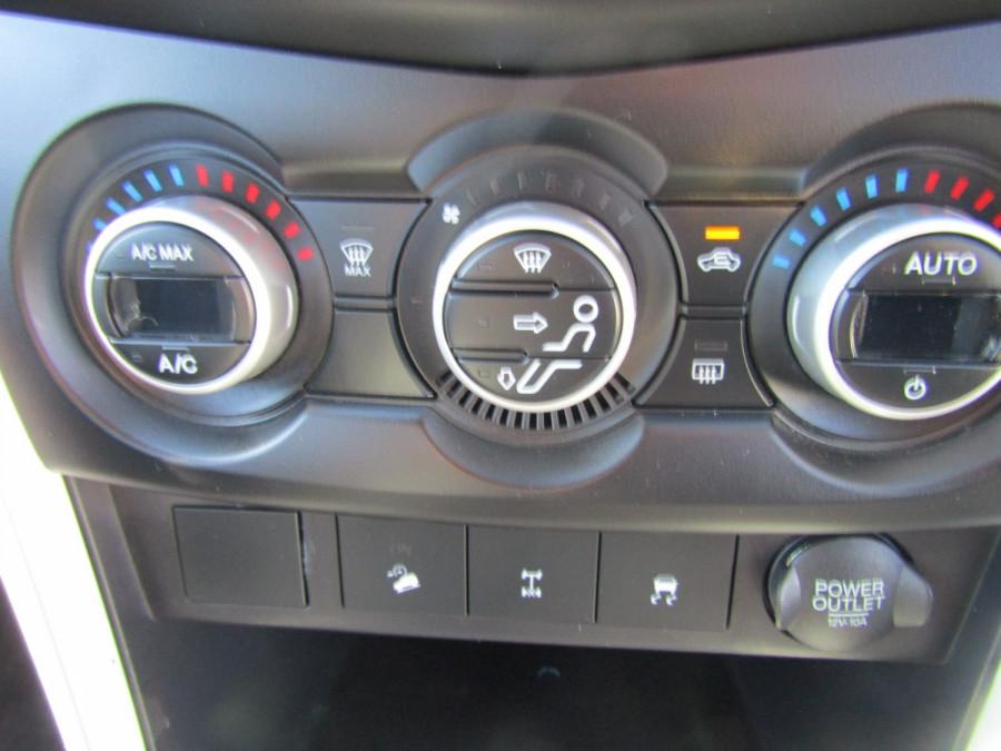 2012 Mazda BT-50 UP0YF1 GT Utility Image 16