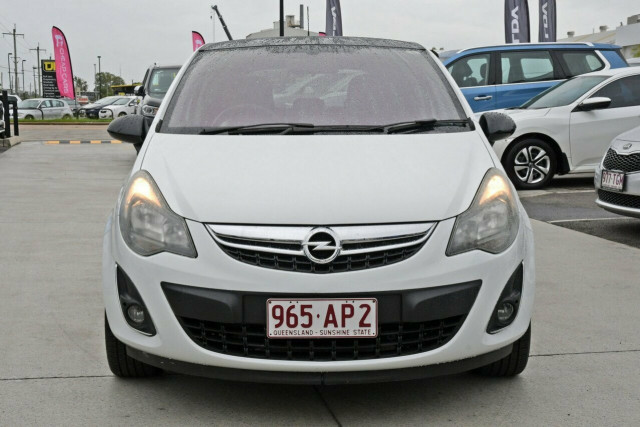 2012 Opel Corsa Colour Edition