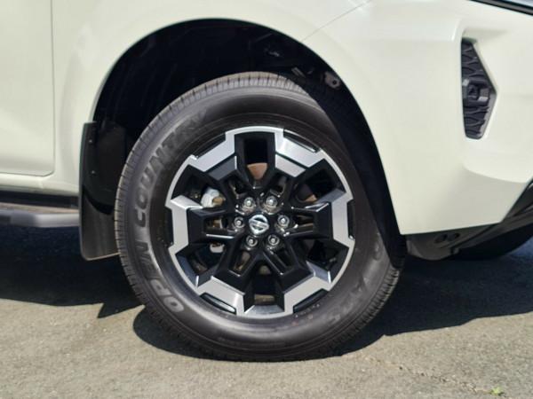 2021 Nissan Navara D23 King Cab ST-X Pick Up 4x4 Utility Image 4