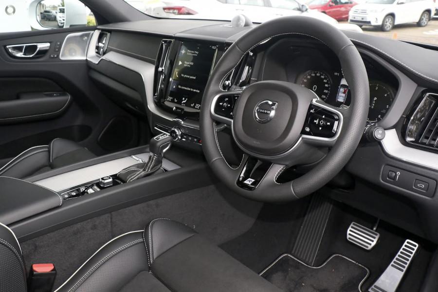 2019 Volvo XC60 UZ D5 R-Design Suv Mobile Image 5