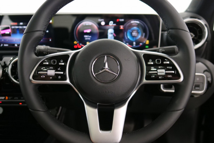 2019 Mercedes-Benz A Class A250 Sedan Image 8