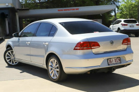 2012 MY13 Volkswagen Passat Type 3C MY13 125TDI DSG Highline Sedan Image 2