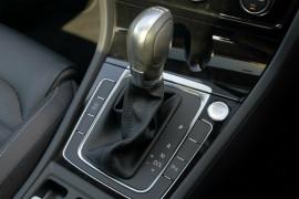 2017 Volkswagen Golf 7.5 110TDI Highline Hatchback