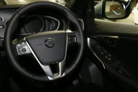 2017 MY18 Volvo V40 M Series T4 Inscription Hatchback