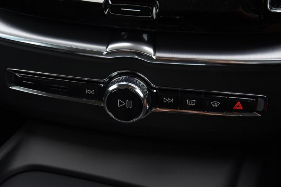 2019 MY20 Volvo XC60 UZ T5 Momentum Suv Image 20