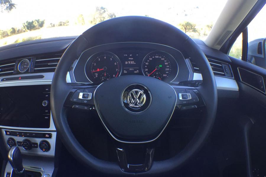 2018 MY19 Volkswagen Passat Sedan B8 132TSI Sedan Image 7