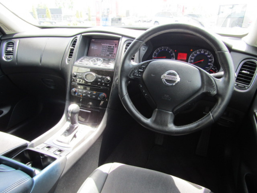 2009 Nissan Skyline Crossover 370gt Sports utility vehicle