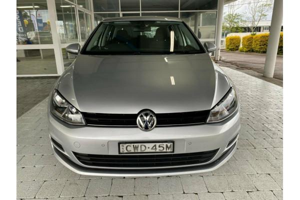 2014 Volkswagen Golf VII  90TSI 90TSI - Comfortline Hatchback Image 3