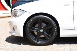 2012 MY11 BMW 125i E88 LCI MY0911 125i Convertible Image 5