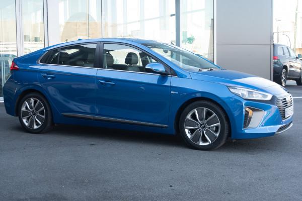 2018 MY19 Hyundai Ioniq AE.2 MY19 hybrid Image 3