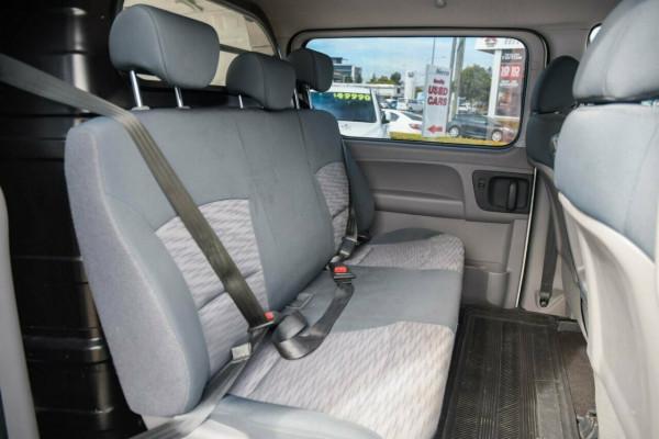 2017 Hyundai iLOAD TQ3-V Series II MY17 Crew Cab Van Image 3