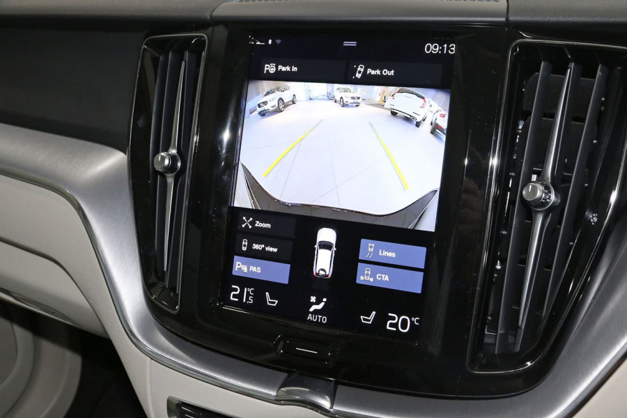 2020 MY21 Volvo XC60 UZ D4 Momentum Suv Image 18