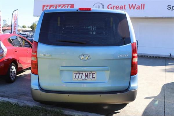 2010 Hyundai Imax TQ-W Wagon Image 3