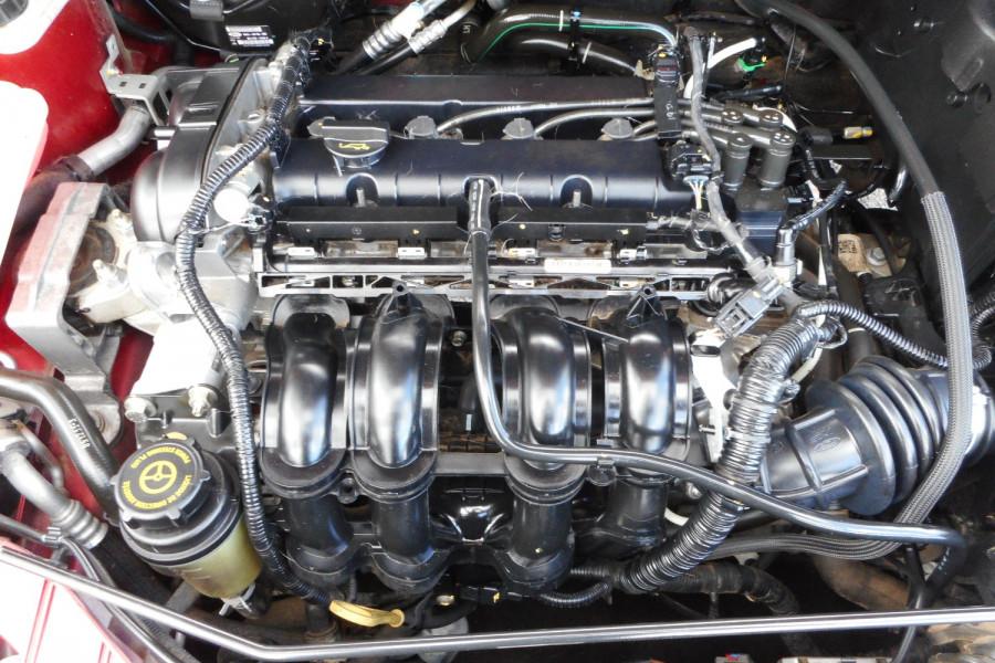 2012 Ford Focus LW  II AMBIENTE Hatchback Image 18