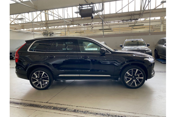 2021 Volvo XC90 T6 In Suv Image 4