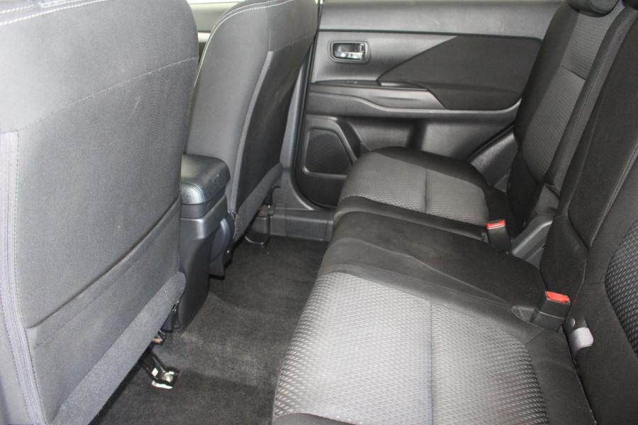2017 Mitsubishi Outlander ZK MY17 LS Suv Image 11