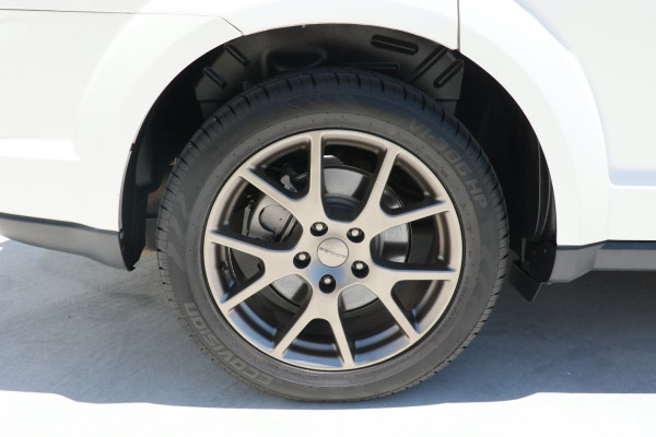 2014 MY15 Dodge Journey JC R/T Wagon Image 5