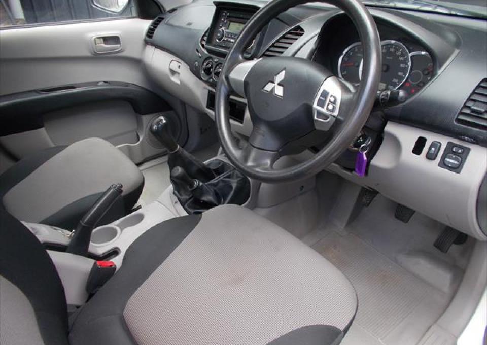 2012 MY13 Mitsubishi Triton MN  GLX Cab chassis - single cab