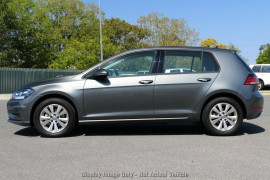 2020 Volkswagen Golf 7.5 110TSI Trendline Hatchback Image 2
