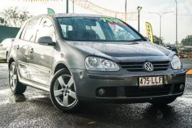 Volkswagen Golf Pacific V