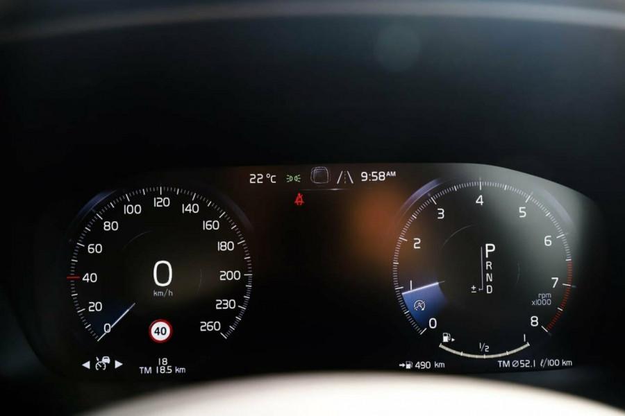 2019 MY20 Volvo S60 Z Series T5 Inscription Sedan Image 13