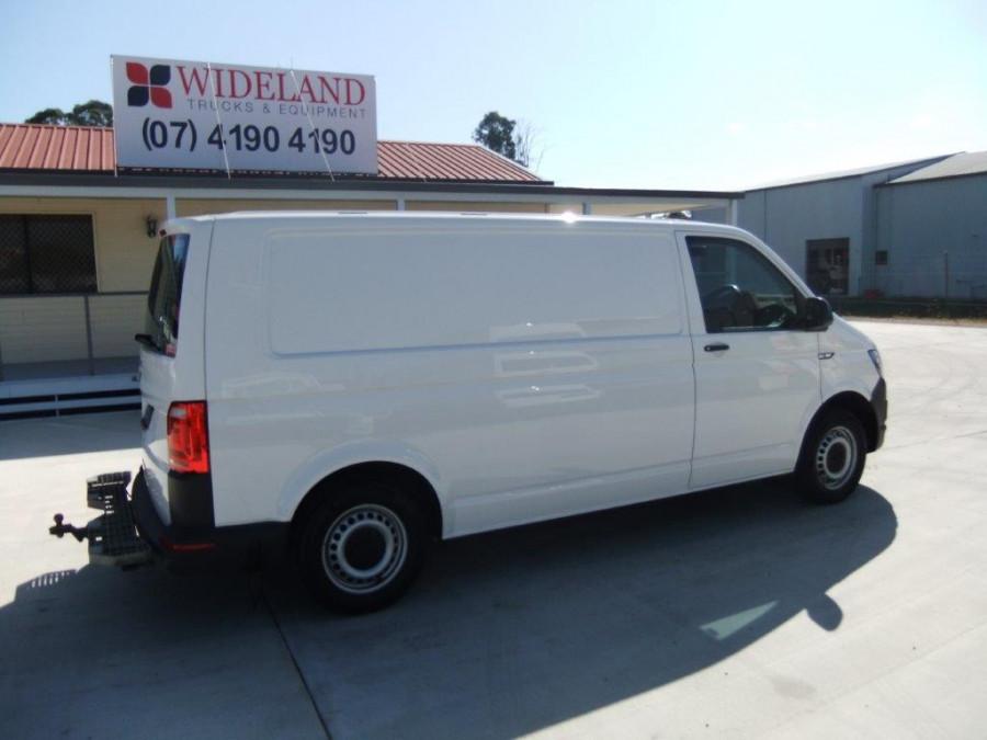 2018 Other Transporter Van Image 3