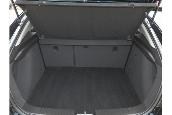 2014 Holden Cruze JH Series II Equipe Hatchback Image 3