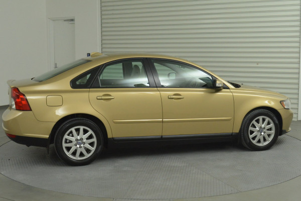 2008 Volvo S40 Vehicle Description. M  MY08 S Sedan 4dr SA 5sp 2.4i S Sedan Image 2
