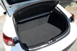 2014 Mazda 3 BM5438 SP25 Hatchback image 18