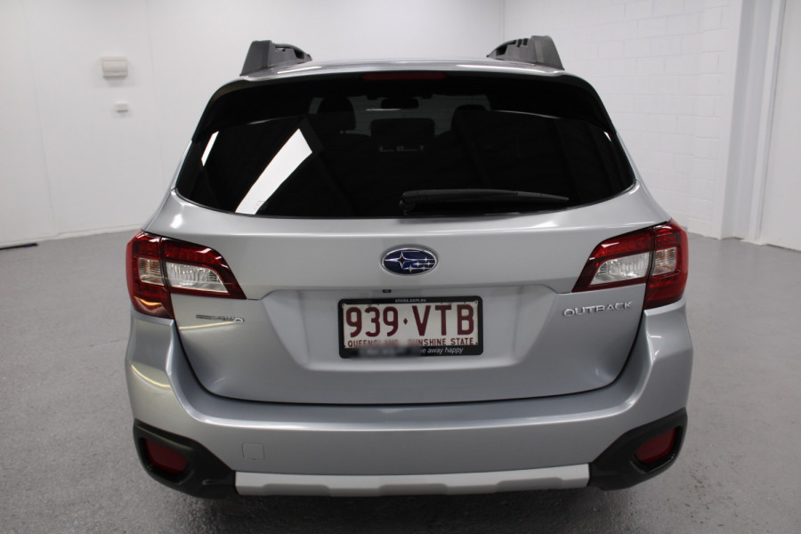 2015 Subaru Outback Premium Image 3