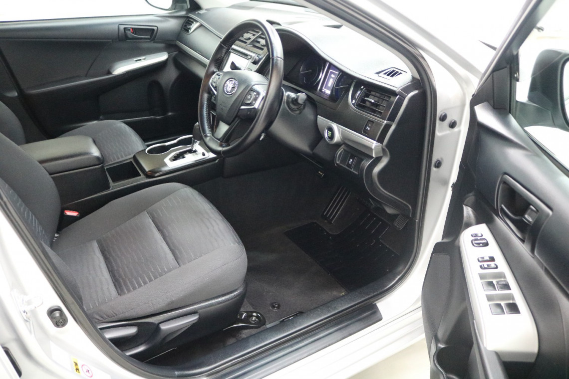 2017 Toyota Camry ASV50R ATARA S Sedan Image 5