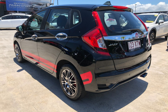 2018 MY13 Honda Jazz GE  VTi Hatchback Image 5