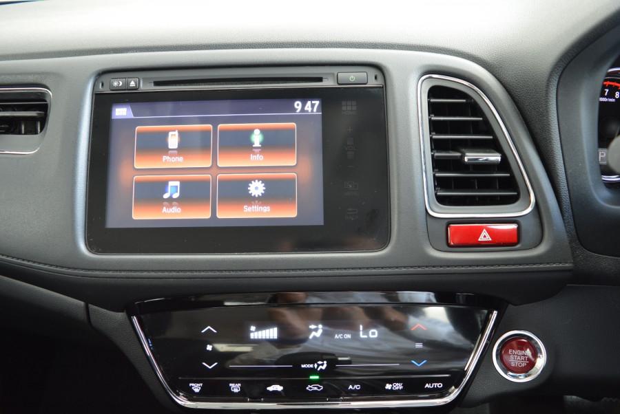 2016 Honda HR-V VTi-S Hatchback Image 20