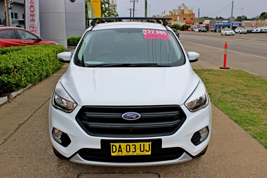2018 Ford Escape ZG  Ambiente Suv