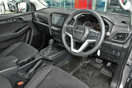 2020 MY21 Isuzu UTE D-MAX SX 4x4 Crew Cab Ute Utility Mobile Image 8