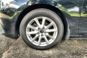 2015 MY14 Mazda 6 GJ1032 Sport Sedan Image 2