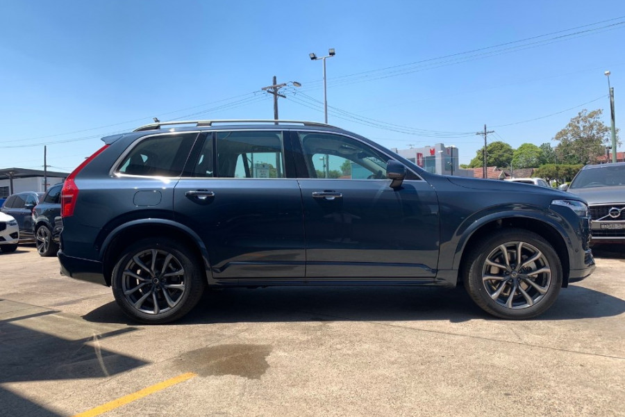 2019 Volvo XC90 L Series D5 Momentum Suv Mobile Image 18